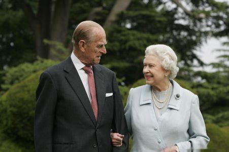 """96歲的菲利普親王要進行""""臀部""""手術"""